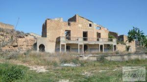 Espectacular finca de 12 hectáreas en Caspe. a buen precio con regadío por 245.000€