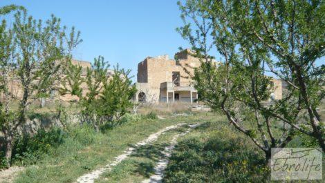 Espectacular finca de 12 hectáreas en Caspe.