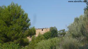 Torre en la Zaragozeta Caspe en venta con masía por 120.000€