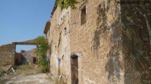 Torre en la Zaragozeta Caspe a buen precio con electricidad por 120.000€