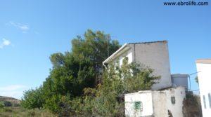 Torre en la huerta de Caspe en venta con almacén