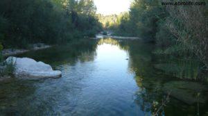 Foto de Masico en el rio Matarraña Mazaleón en venta con frutales