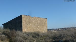 Detalle de Masía en Maella con huerta por 24.000€
