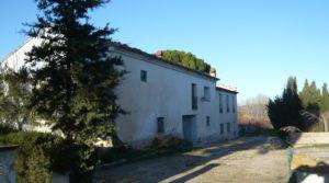 Gran casa de campo en Maella a buen precio con privacidad por 275.000€