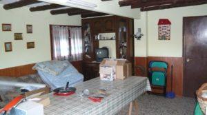 Gran casa de campo en Maella en venta con privacidad