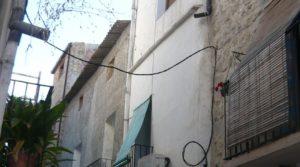 Vendemos Casa en el casco antiguo de Nonaspe. con chimenea de leña