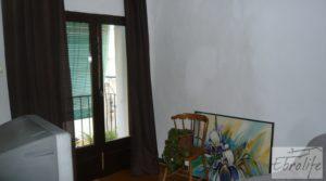 Foto de Casa en el casco antiguo de Nonaspe. en venta con reformada