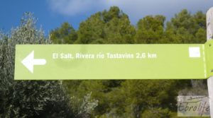 Se vende Casa en el río Tastavins, en La Portellada. con almendros
