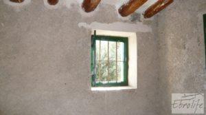 Foto de Casa en el río Tastavins, en La Portellada. con higueras por 36.000€