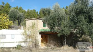 Se vende Casa en el río Tastavins, en La Portellada. con higueras por 36.000€