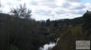 Foto de Casa en el río Tastavins, en La Portellada. con almendros por 36.000€