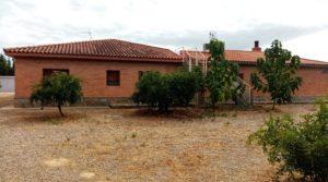 Hacienda en Caspe a buen precio con terraza