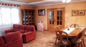 Foto de Hacienda en Caspe con buen acceso por 595,000€