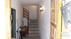 Gran casa en Chiprana para vender con patio