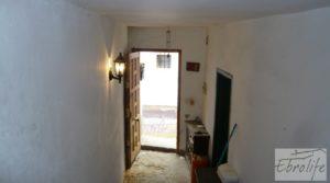 Detalle de Gran casa en Chiprana con garaje