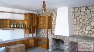 Detalle de Gran casa en Chiprana con bodega por 50.000€