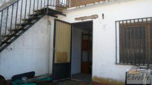 Vendemos Gran casa en Chiprana con patio