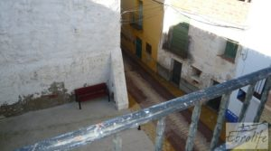 Se vende Gran casa en Chiprana con terraza por 50.000€