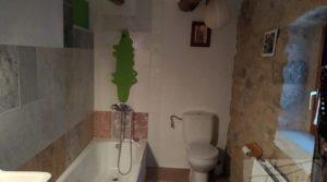 Foto de Masía en Torre del Compte. en venta con calefacción central por 350.000€