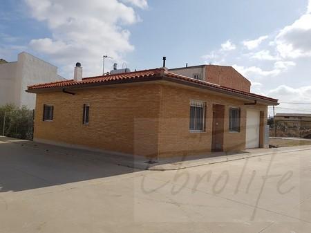 Casa con jardín en Maella