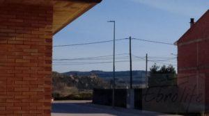 Casa con jardín en Maella a buen precio con trastero por 130.000€