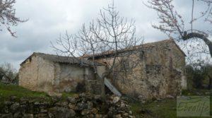 Magnífica masía en Valderrobres, rodeada de almendros. para vender con balcón por 110.000€