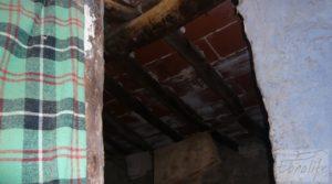 Detalle de Magnífica masía en Valderrobres, rodeada de almendros. con balcón por 110.000€