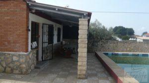 Chalet en Chacón (Caspe) en oferta con piscina por 115.000€