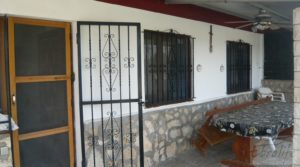 Foto de Chalet en Chacón (Caspe) en venta con chimenea por 115.000€