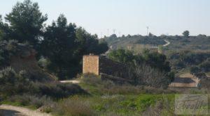 Casa de campo en Caspe en venta con regadío
