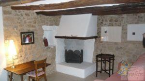 Detalle de Masía en Torre del Compte. con calefacción central