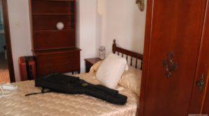 Piso situado en Alcañiz, muy luminoso y espacioso. para vender con armarios empotrados