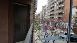 Piso situado en Alcañiz, muy luminoso y espacioso. a buen precio con muy luminoso por 98.000€