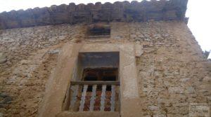 Foto de Casa y olivar en Fornoles con bodega por 19.000€