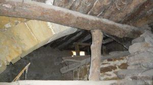Casa y olivar en Fornoles en venta con bodega