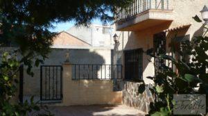 Chalet en Maella para vender con parking por 92.000€