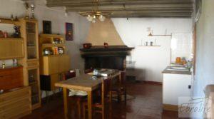 Chalet en Maella a buen precio con jardines por 92.000€