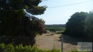 Chalet en Maella en venta con jardines por 92.000€