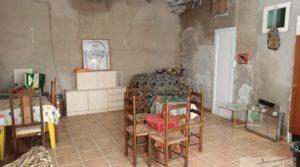 Vendemos Casa tradicional en La Fresneda con techos altos