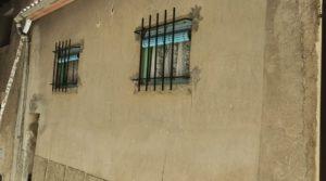 Vendemos Casa tradicional en La Fresneda con fachada de piedra por 69.000€