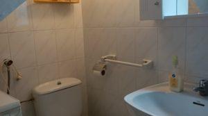 Casa tradicional en La Fresneda en venta con vigas de madera por 69.000€