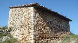 Gran finca en Peñarroya de Tastavins en oferta con privacidad y tranquilidad por 330.000€