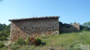 Gran finca en Peñarroya de Tastavins en oferta con privacidad y tranquilidad