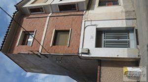 Casa en el centro de Gelsa en oferta con buhardilla independiente