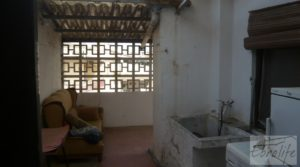 Casa en el centro de Gelsa para vender con local comercial por 115.000€