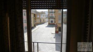 Foto de Casa en el centro de Gelsa con local comercial