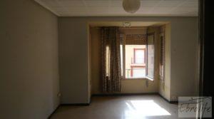 Vendemos Casa en el centro de Gelsa con local comercial por 115.000€