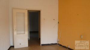 Casa en el centro de Gelsa en oferta con buhardilla independiente por 115.000€