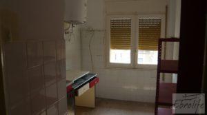 Casa en el centro de Gelsa en oferta con local comercial