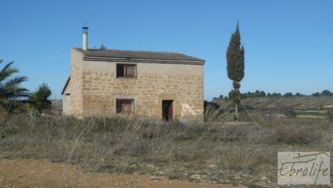 Torre en la huerta de Caspe